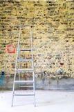 Remediation av den tegelstenväggen och stegen fotografering för bildbyråer