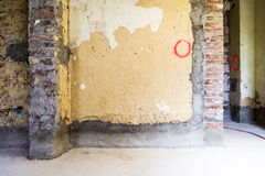 Remediation av tegelstenväggar arkivbild