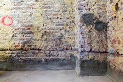 Remediation av tegelstenväggen royaltyfria bilder