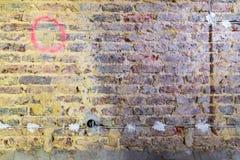Remediation av tegelstenväggen royaltyfri bild