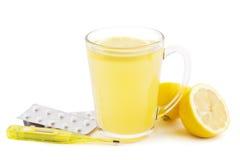 Remedio caliente del hogar del limón foto de archivo