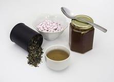 Remedios naturales con té Imagenes de archivo