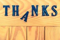 Remercie le label en bois Photographie stock