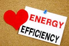 Remettez à efficacité de technologie de la construction de signification de concept de rendement énergétique d'amour de l'apparen Image libre de droits