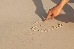 Remettez l'écriture en sable en quelques vacances d'été sur la plage Image stock