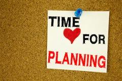 Remettez l'inspiration de légende des textes d'écriture montrant l'heure pour le temps de planification d'affaires d'amour de sig Photographie stock libre de droits