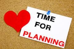 Remettez l'inspiration de légende des textes d'écriture montrant l'heure pour le temps de planification d'affaires d'amour de sig Image stock