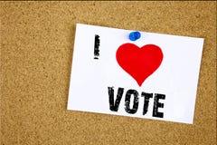 Remettez la signification de concept de vote d'amour de l'apparence I d'inspiration de légende des textes d'écriture votant aimer Photographie stock