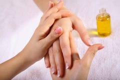 Remettez le massage Images libres de droits