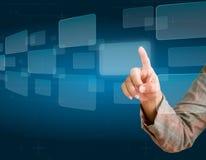 Remettez pousser un bouton sur un écran tactile Image stock