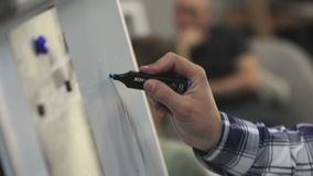 Remis Z Błękitnymi markiera Dwa klamerkami zdjęcie wideo