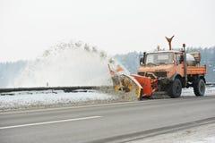 Remoção de neve da estrada do inverno Foto de Stock Royalty Free