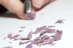 Remoção do verniz para as unhas, fundo borrado imagens de stock royalty free