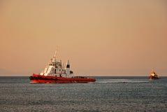 Remolcador en el mediterráneo Imagen de archivo
