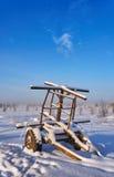 Remolque abandonado en la nieve Imagen de archivo libre de regalías