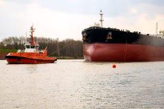 Remolque del petrolero Fotos de archivo