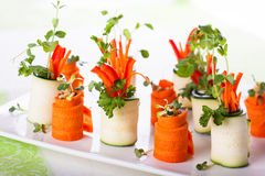Remontées pyramidales de courgette et de carotte Photo stock