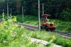 Remontowy pociąg na linii kolejowej Zdjęcie Stock