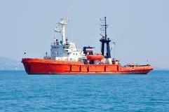 Remorquage en mer Photos libres de droits