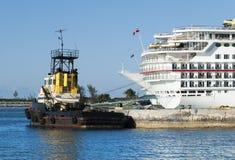 Remorqueur de port de Nassau photos stock