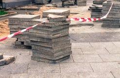 Remova e repare a estrada do pavimento foto de stock royalty free