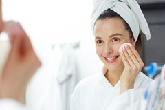 Removing makeup Royalty Free Stock Photography