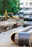 Remplacement de canalisation de l'eau Photos stock