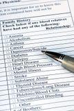 Remplir questionnaire d'antécédents médicaux Photos libres de droits