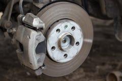Remschijf en detail van een wielhub stock foto's