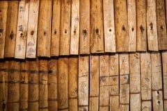 Remsor av wood bakgrund Arkivbild