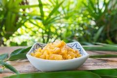Remuez Fried Sweet et la sauce aigre avec l'ananas et le porc photos libres de droits