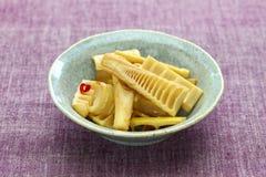 Remuez les pousses de bambou frites de Madake photos libres de droits