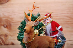 Ren och Santa Claus Royaltyfri Bild
