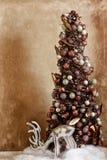 Rena do vintage com árvore Fotografia de Stock Royalty Free