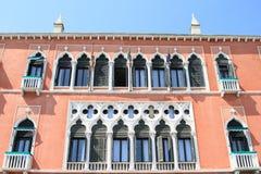 Renaissancevensters in Venetië Royalty-vrije Stock Afbeeldingen