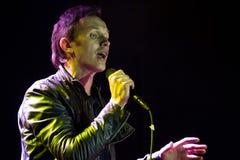 Renars Kaupers, Latvian rockowej grupy Brainstorm, śpiewa na scenie przy Vinnytsia miasta dniem, Vinnytsia Ukraina, 07 09 2013, r Zdjęcia Stock