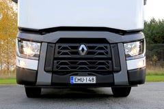 Renault перевозит трактор на грузовиках T480, деталь фары Стоковая Фотография