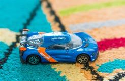 Renault Alpina-Spielzeugauto Lizenzfreie Stockfotos