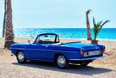 Renault Caravelle på stranden Arkivfoto