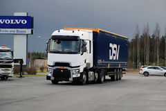 Renault ciężarówki T Semi na demonstraci przejażdżki wydarzeniu Obraz Stock