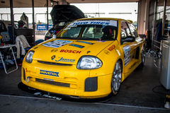 Renault Clio V6 tävlings- bil Royaltyfri Fotografi