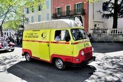 Renault Estafette hjälpen av 1960 Royaltyfria Foton