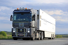 Renault Magnum Transports Mobile MRI Unit Stock Photo