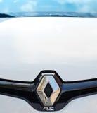 Renault RS logotyp na przodzie biały sportowy samochód Zdjęcie Royalty Free