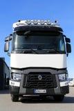 Renault T-område lastbil för länge - transportsträcka Fotografering för Bildbyråer