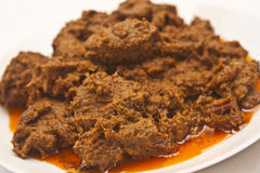 Rendang: Indonesischer traditioneller Teller Stockfotos