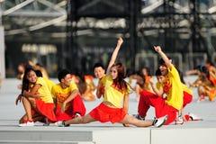 Rendement de danse pendant le NDP 2012 Photographie stock