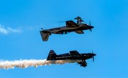 Rendement de vols acrobatiques Images stock