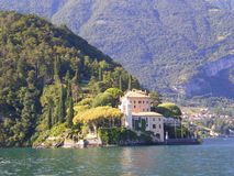 Rendez-vous Italie de mariage de villa de Como de lac Images libres de droits