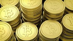 rendição 3D de pilhas douradas de Bitcoin Fotos de Stock Royalty Free